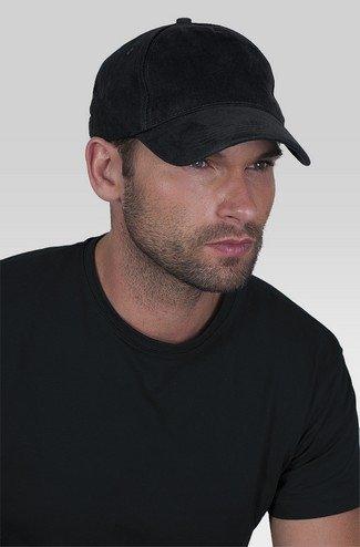 Kepurės su siuvinėtu auto logo