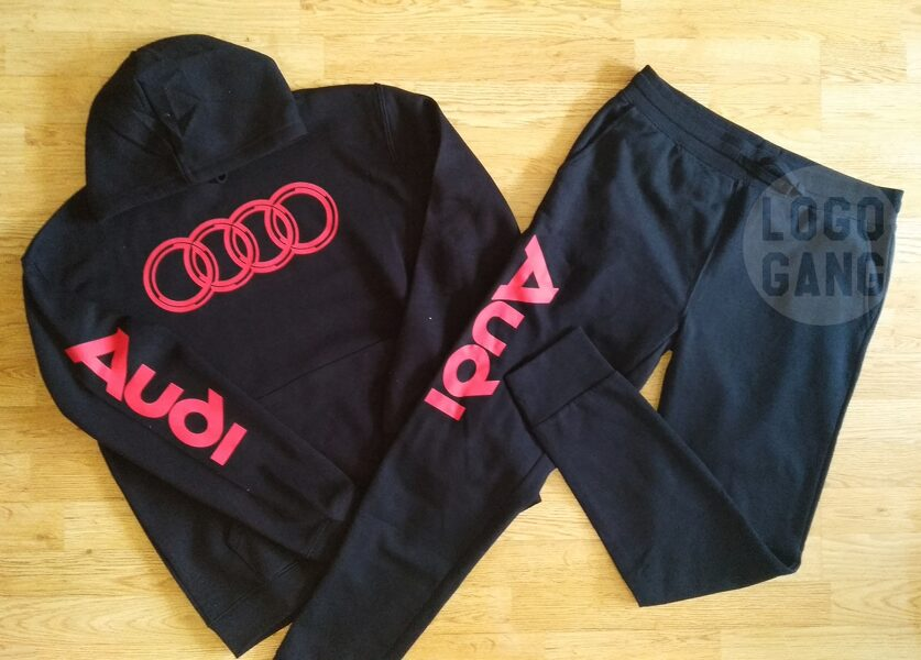 Audi treningo kostiumas